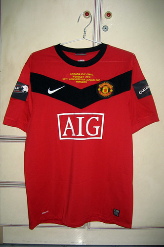 Manchester United 2009-2010 Caring Cup Winners Home S/S