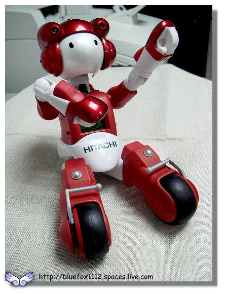 091018日立生活機器人EMIEW電子鐘11