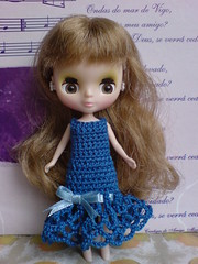 Blue waves with ribbon for Petite Blythe