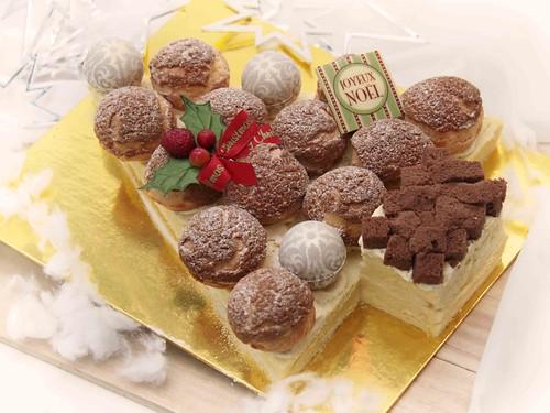 Durian Profiterole Cake II
