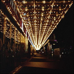 All the Glittering (Alvaro's Pix) Tags: street nightphotography usa color 120 6x6 colors mediumformat lights neon bright lasvegas kodakportra400vc casino 120film hasselblad nv scanned bulbs thestrip carrete c41 mittelformat theriviera epsonv700 formatomedio hasselblad2000fcw carlzeissplanarf80mmt lort09
