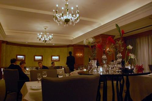 dining room 002