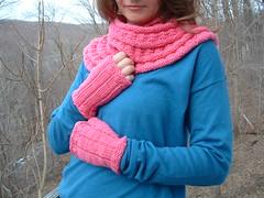 Harmonious Pinks&Mitts2 (knittingvortex) Tags: pink worsted shocking mitts malabrigo harmonious cowl