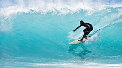 Banyans PM (konaboy) Tags: backlight hawaii surf afternoon surfer wave surfing translucent bigisland pm kona kailuakona bigwednesday 5738 banyans vogfree