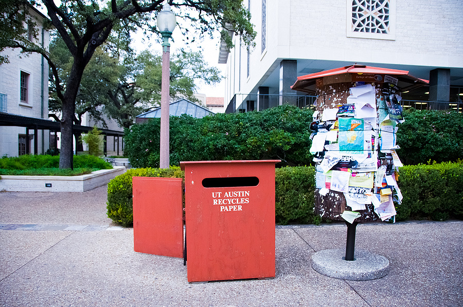 UT Austin Recycles Paper