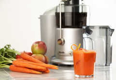 Carrot Apple Ginger Juice 2of3