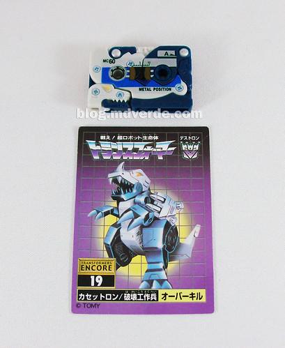 Transformers Overkill G1 Encore - modo casete