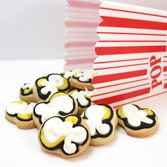 """popcorn"" cookies (thedecoratedcookie) Tags: cookies popcorn snacks superbowl cookiedecorating"