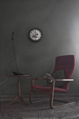 (Talal Al-Mtn) Tags: new old morning our red house clock ikea home wall paper table ol living scary chair phone room telephone casper homealone kuwait q8 gred lm10 talalalmtn bytalalalmtn talalalmtnphotography photographybytalalalmtn justchair