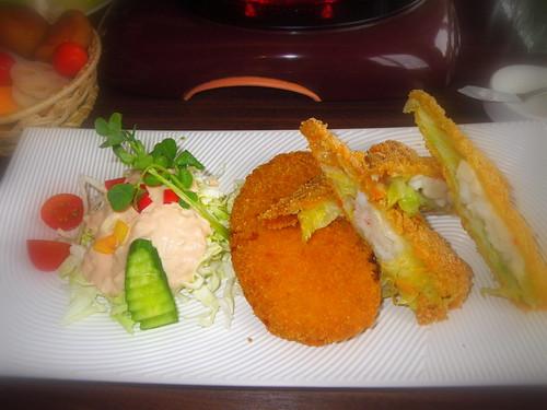 日式酥炸藍帶起司雞排.黃金海鮮卷雙拼
