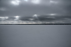 Frozen Vombsjn lake in Sweden (Barend_) Tags: lake meer sweden frozenlake zweden vombsjn svenska bevrorenmeer