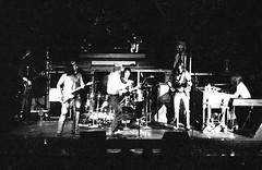 Flo and Eddie (1973) (Hunter-Desportes) Tags: 35mm concert babies tour alice live south band southcarolina columbia cooper dollar carolina 1970s alicecooper billiondollarbabies billion backupband floandeddie markvolman howardkaylan carolinacoliseum