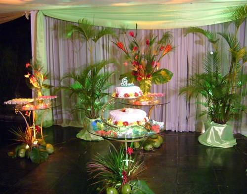 decorar uma festa havaiana