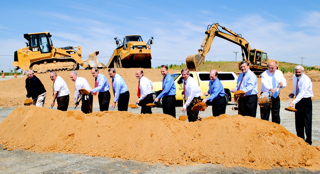 Johnson Controls Distribution Center Groundbreaking