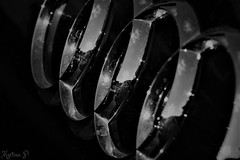 B&W - Macro Mondays - HMM!🌞 (martinap.1) Tags: bw macro mondays light schwarz weis makro sw monochrome blackwhite blackandwhite schwarzweis mono licht sigma 105mm nikon d3300 macromondays audi logo auto car ringe rings reflection reflektion 7dwf