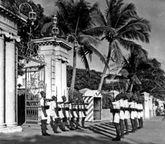 old pondicherry cops (dheepak1) Tags: history beautiful french la cops robe police duplex fontaine pondicherry gandhiji dpak dreaa promanad pudicherry