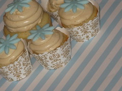 peanut butter minis by jules_cupcakes