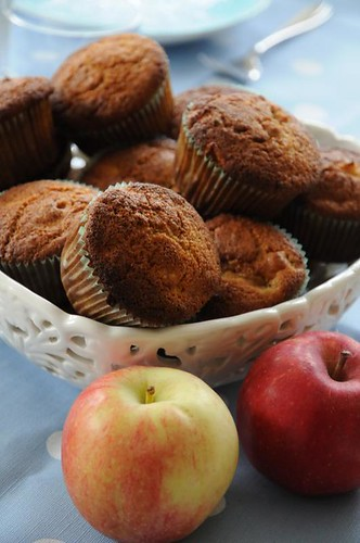 apple-cornmealmuffins-1