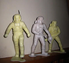 Vintage plastic Spacemen Astronaut action figures from Marx 1970 (Brechtbug) Tags: from vintage toy action astronaut plastic marx 70s 1970 1960s 1970s figures 1960 spacemen