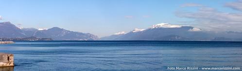Neve sui monti del lago di Garda