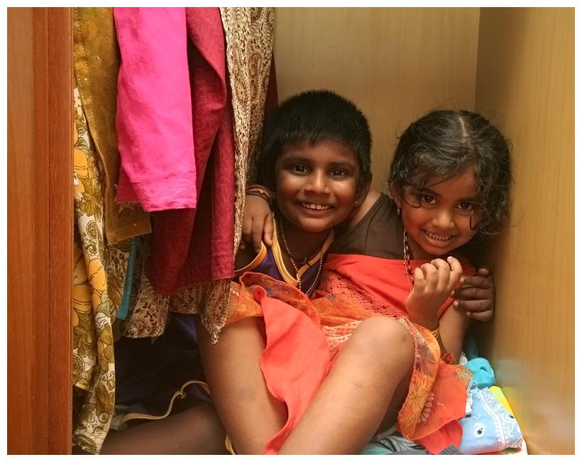 Kids-in-Closet