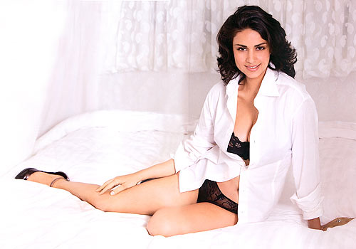 Gul Panag Maxim photo