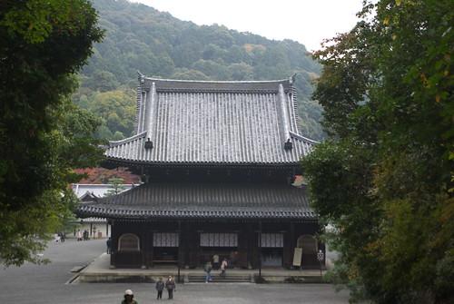 Sennyuji Temple (泉涌寺)