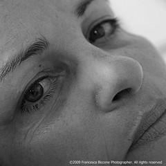 Maliconia / melancholy (Vrancisca) Tags: portrait people blackandwhite bw self donna eyes estate gente famiglia mother occhi forza mamma wife ritratti amore malinconia luce vita tristezza espressione monocromatico legami femminilit