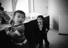 Kids At Weddings (Chris Chu) Tags: wedding bw kids mediumformat kodakbw400cn mamiya645protl sekorc55mm