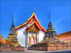 Wat Nangpraja (KonHenrik) Tags: thailand temple nikon wat hdr 2010 phitsanulok ประเทศไทย coolpix8400 พิษณุโลก totallythailand วัดนางพญา nangpraja watnangpaya