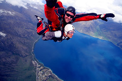 Skydiving... :S (Or Hiltch) Tags: newzealand me southisland queenstown skydive nzone orhiltch
