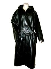 blackcoat001 (www.suziehigh.co.uk) Tags: black rain mac shiny coat rubber cotton raincoat rainwear sbr rubberized rubberised