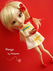 Ponyo (My Melody) (pekemundo) Tags: bear food brick ikea shop jack toys pull japanese outfit strawberry dress stock sugar melody wig converse mano inside pullip merry rement camiseta ropa sof mag marrone skellington hecho peluca obitsu my ponyo mimiwoo pullipstyle junkyspotdolls