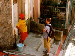 Selaron being filmed (Let's Colour) Tags: brazil people color colour rio brasil painting de paint janeiro lets euro painted documentary transform lapa rscg dulux akzonobel selaron documentario eurorscg letscolor letscolour duluxvalentine
