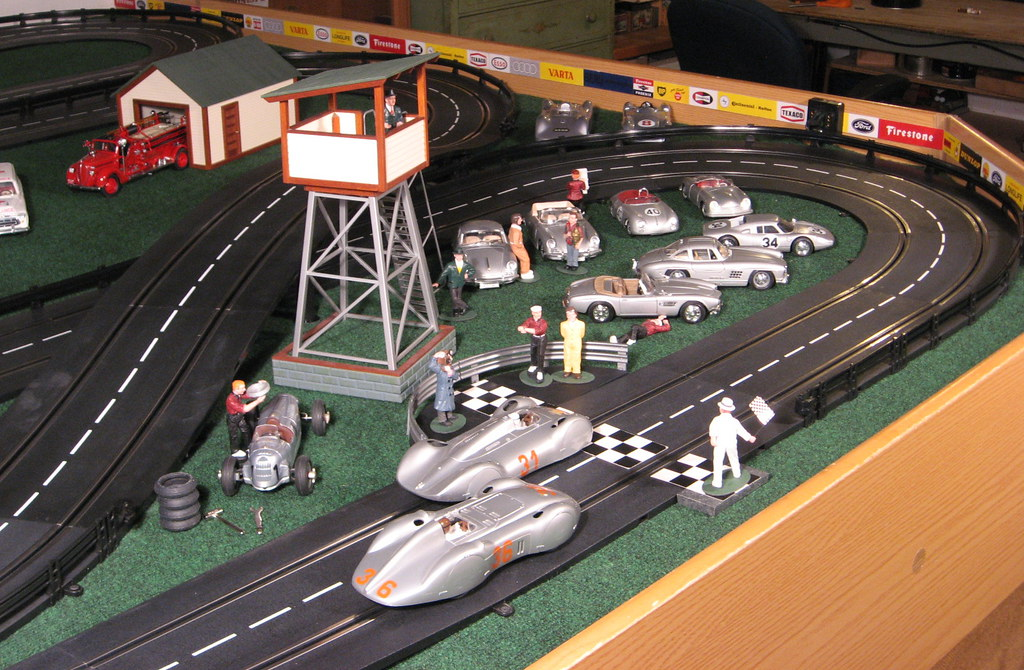 Santos slot car gratuit poker am 843 of sbb in slot car parts chassiss longest 4 lane ho slot car race set with track pack worlds longest 4 lane slot car track is aloadofball Images