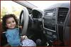 اصغر سائقة (banijamrah) Tags: car jeep kia ابنتي سياره طفل اصغر طفلة كيا سائق جيب سائقة سورينتو