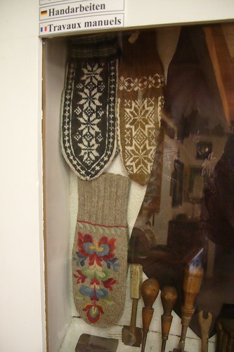 mittens in traditional patterns
