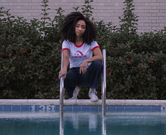 Tianna (dimitratrovas) Tags: girl curls converse jordache model fashion blogger afro evening pools low light perfect women unite florida tropical style jeans photoshoot modeling canon cool hair