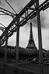 Eiffel Tower, view from Passerelle Debilly (Eddie Chui) Tags: bw nikon footbridge eiffeltower blackdiamond d40 passerelledebilly aplusphoto blackwhiteaward bwartaward eddiechui