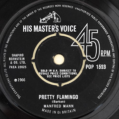 MANFRED MANN - PRETTY FLAMINGO (Leo Reynolds) Tags: canon eos iso100 ebay label vinyl single record squaredcircle 60mm f80 45rpm recordlabel 7inch 0sec 40d hpexif sqset044 xleol30x vinylebay02