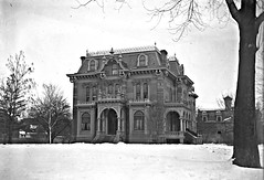 990 woodward (southofbloor) Tags: house building architecture detroit empire villa second woodward mansion mansard