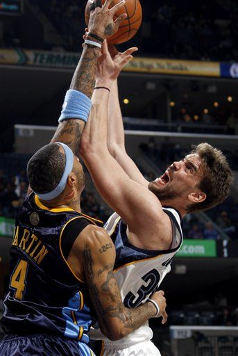 Nothing I can say can possibly make Marc Gasol's expression any funnier.  Just enjoy the picture, folks.