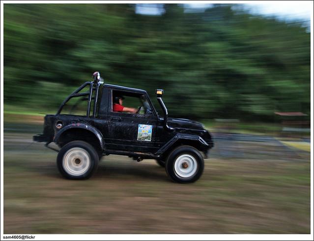 Tambunan 4x4 Challenge - Suzuki 4x4 SJ panning
