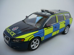 1/43 Code 3 Volvo V70 T6 Essex Police Traffic Car (alan215067code3models) Tags: road new uk party 3 car out leaving one volvo code traffic conversion britain police award off parade gift present presentation passing emergency shape essex retirement t6 unit 999 143 v70 policing