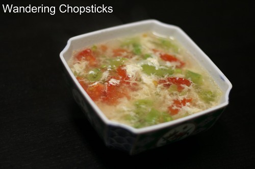 Sup Ca Chua Dau Xanh (Vietnamese Green Bean and Tomato Egg Drop Soup) 1