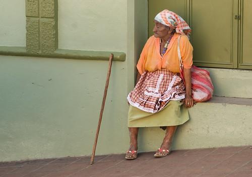 Anciana en Recoletos