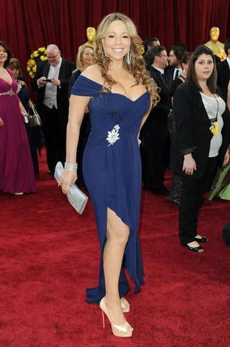 Singer/actress Mariah Carey arrives at the Oscar Red Carpet