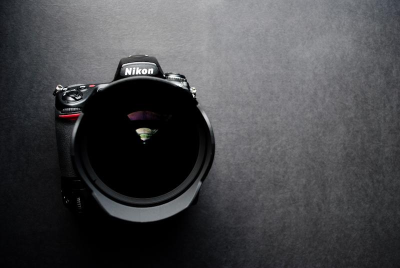 Nikon D700 + 14-24mm f/2.8