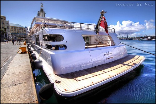 Rising Sun (Oracle CEO's $uper Yacht) In Cape Town