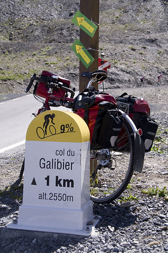 Handy distance markers on the Col Du Galibier